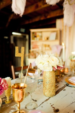 Gold-Glitter-Table-Number