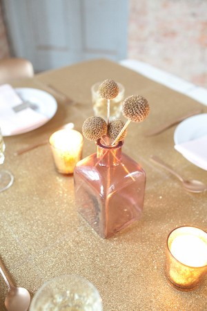 Gold-Yarn-Ball-Centerpiece-Pink-Vase