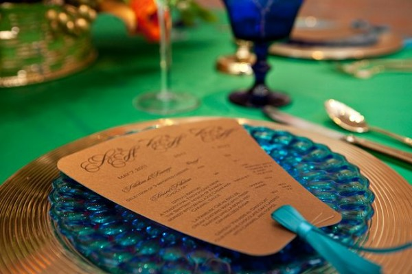 Gold-and-Blue-Table-Setting