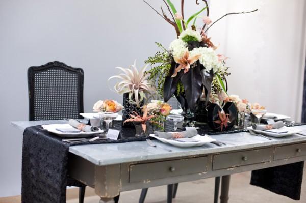 Modern-Black-Peach-Gray-Wedding-Table