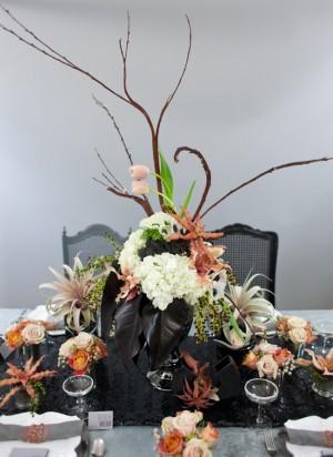 Modern-Coral-Black-Centerpiece