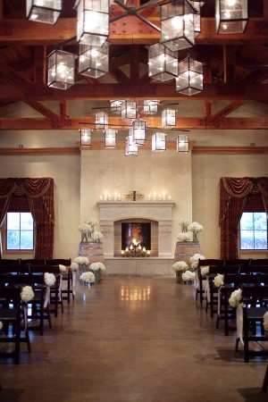 Modern-Winery-Wedding