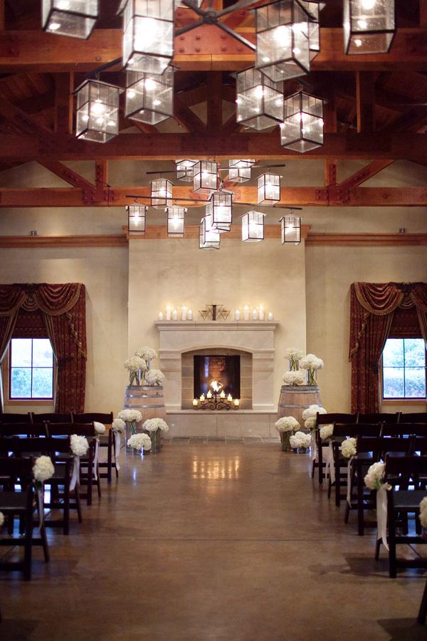 Modern-Winery-Wedding