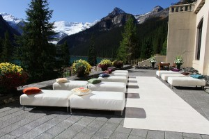 Outdoor-Lounge-Seating