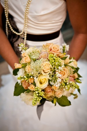 Peach-Garden-Rose-Bouquet