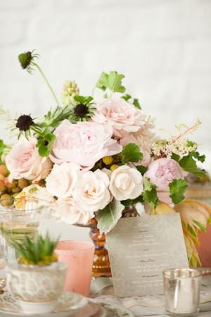 Peach-Garden-Rose-Centerpiece