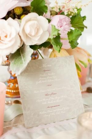 Pretty-Gray-Wedding-Menu-Card