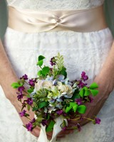 Purple-and-White-Mini-Bouquet