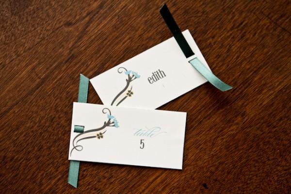 Ribbon-Threaded-Escort-Cards1