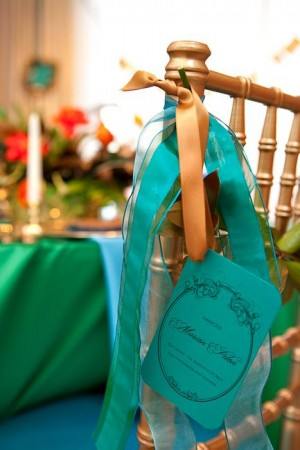 Turquoise-Hanging-Chair-Tag
