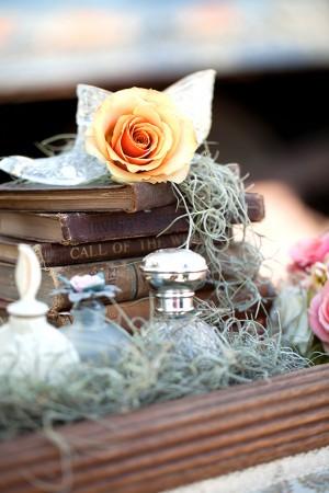Vintage-Books-Wedding-Decor
