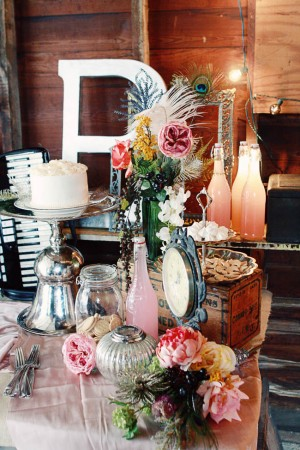 Vintage-Pink-Wedding-Decor