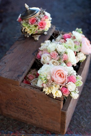 Wood-Crate-with-Flowers