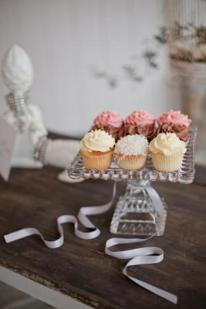 neopolitan-cupcakes
