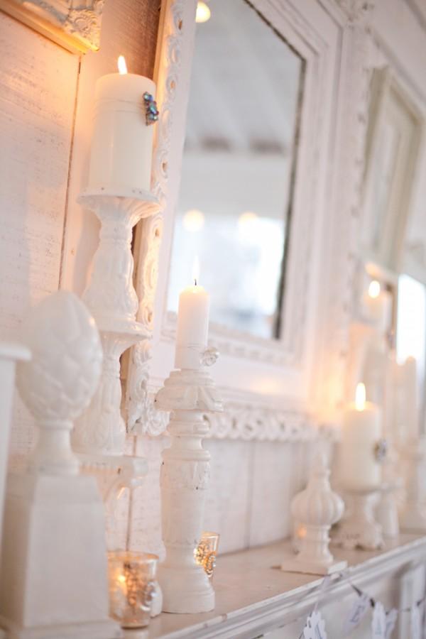 romantic-white-mantle-decor