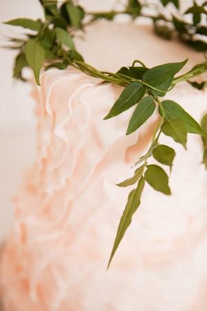 Bay-Leaf-Wreath-Cake-Topper-3