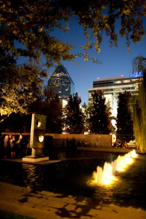 Dallas-Nasher-Sculpture-Center-Wedding-4