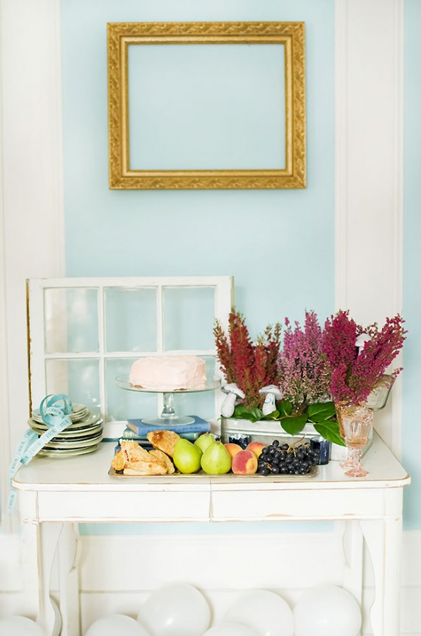 Fruit-and-Dessert-Table