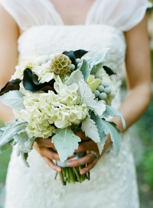 Hydrangea-Dusty-Miller-Bouquet