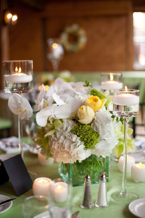 Hydrangea-and-Orchid-Centerpiece