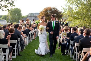 Outdoor-Wedding-Ceremony-Red-Lion-Inn-Cohasset-MA