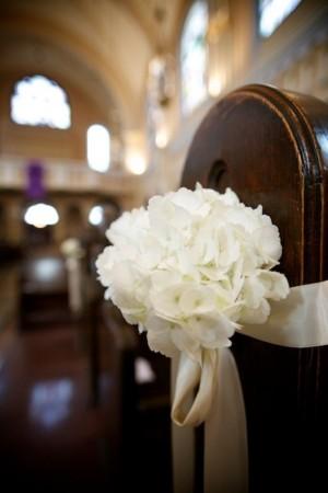 White-Hyrdrangea-Pew-Bouquet