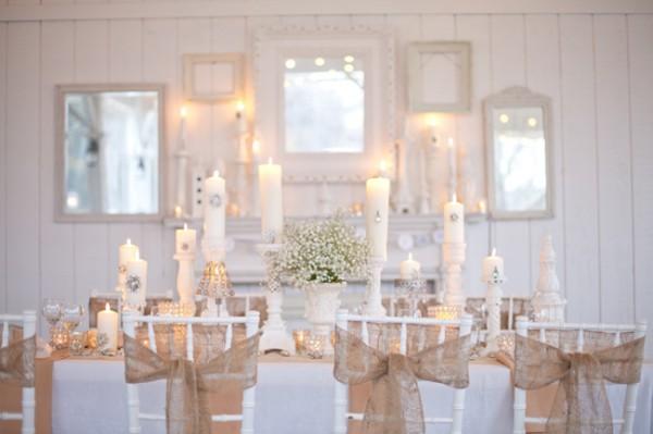 Burlap-Wedding-Table-Decor