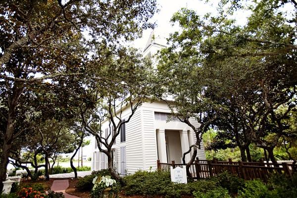 Carillon-Beach-Meeting-House-Wedding