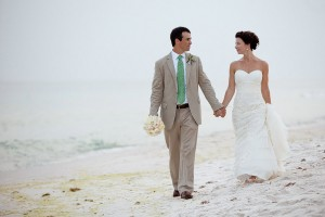 Carillon-Beach-Wedding-Rae-Leytham-Photography-3
