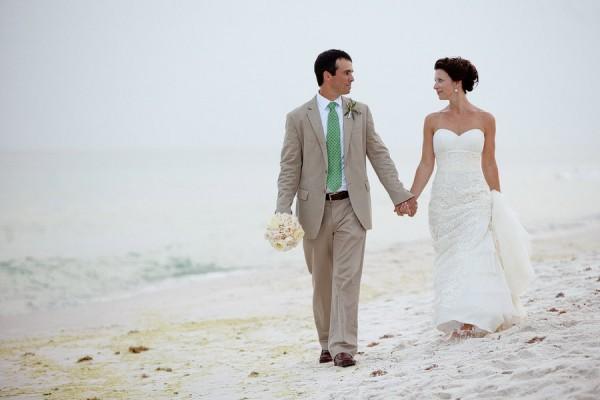 Carillon-Beach-Wedding-Rae-Leytham-Photography-3