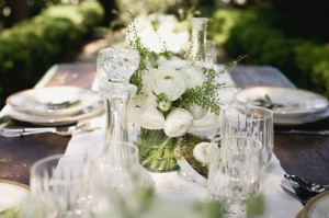 Classic-Green-and-White-Wedding-Ideas-5