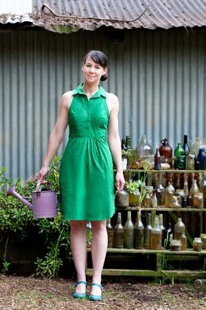 Garden-Engagement-Shoot-Claire-Barrett-Photography-