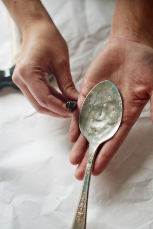 Hammered-Spoon-Place-Card-Tutorial-8
