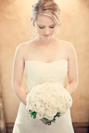 Ivory-Garden-Rose-Bouquet