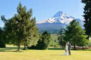 Local-Organic-Mt-Hood-Wedding2