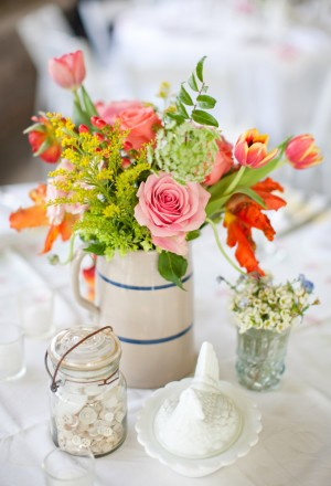 Orange-Pink-Shabby-Chic-Centerpiece