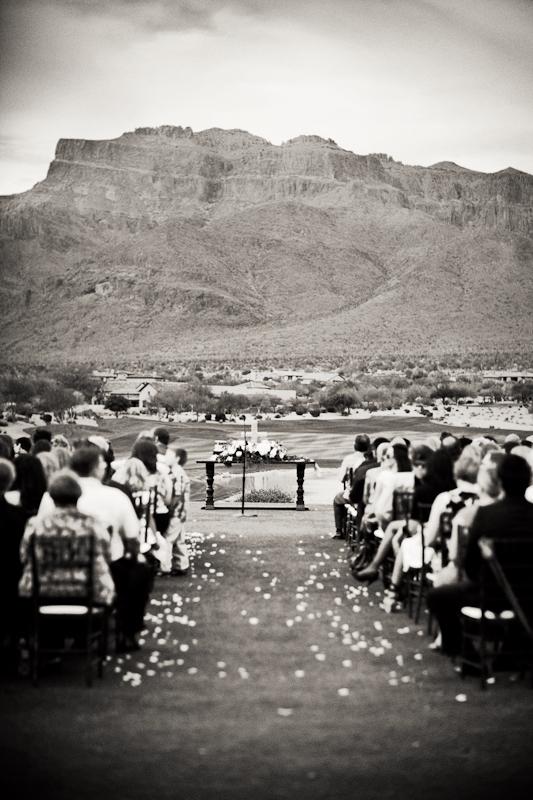 Outdoor-Arizona-Wedding-Ceremony