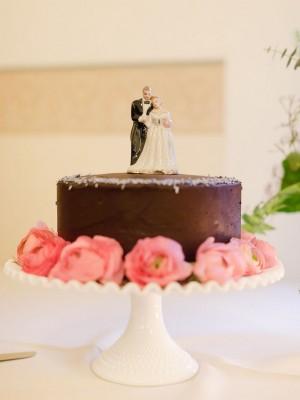 Simple-Chocolate-Wedding-Cake