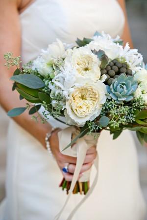 Succulent-Peony-Bouquet
