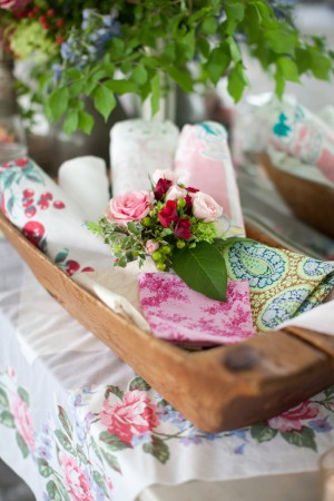 Vintage-Fabric-Wedding-Decoration