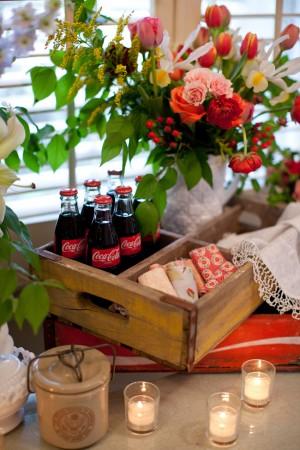 Vintage-Homespun-Wedding-Decor