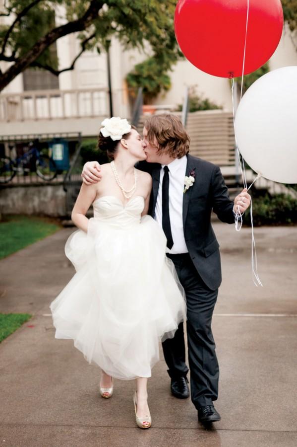 Wedding-Photos-Balloons
