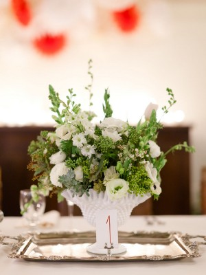 White-and-Green-Centerpiece-in-Milk-Glass
