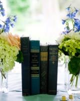 book-wedding-decor-2
