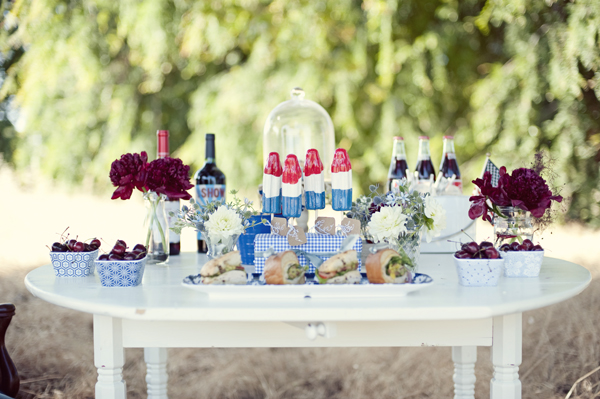 fourth-of-july-table-decor