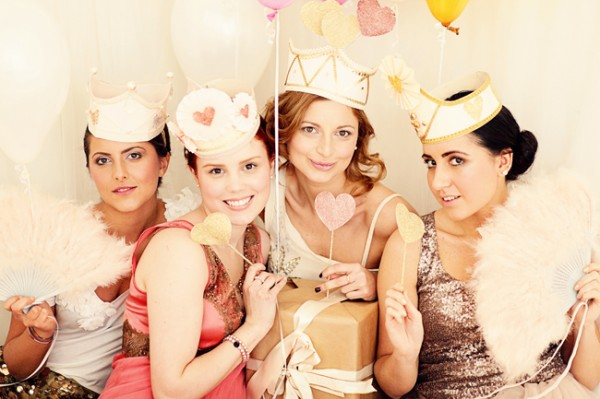 pink-glitter-bridal-shower