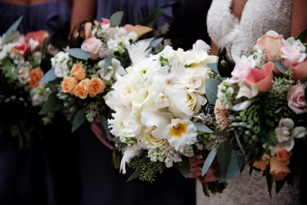 stunning-orchid-rose-succulent-bouquets