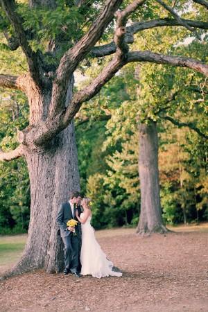 Buttercup-Yellow-Southern-Wedding-By-Hilton-Pittman-Photography-1