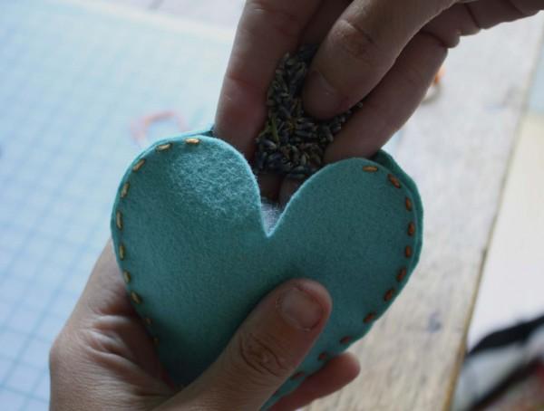 DIY-Heart-Sachet-Favors-4
