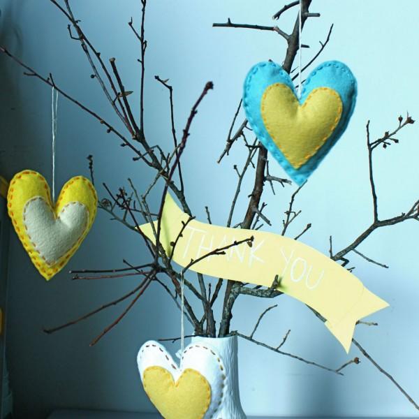 DIY-Heart-Sachet-Favors-8